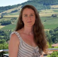 Nadine DEBERTOLIS